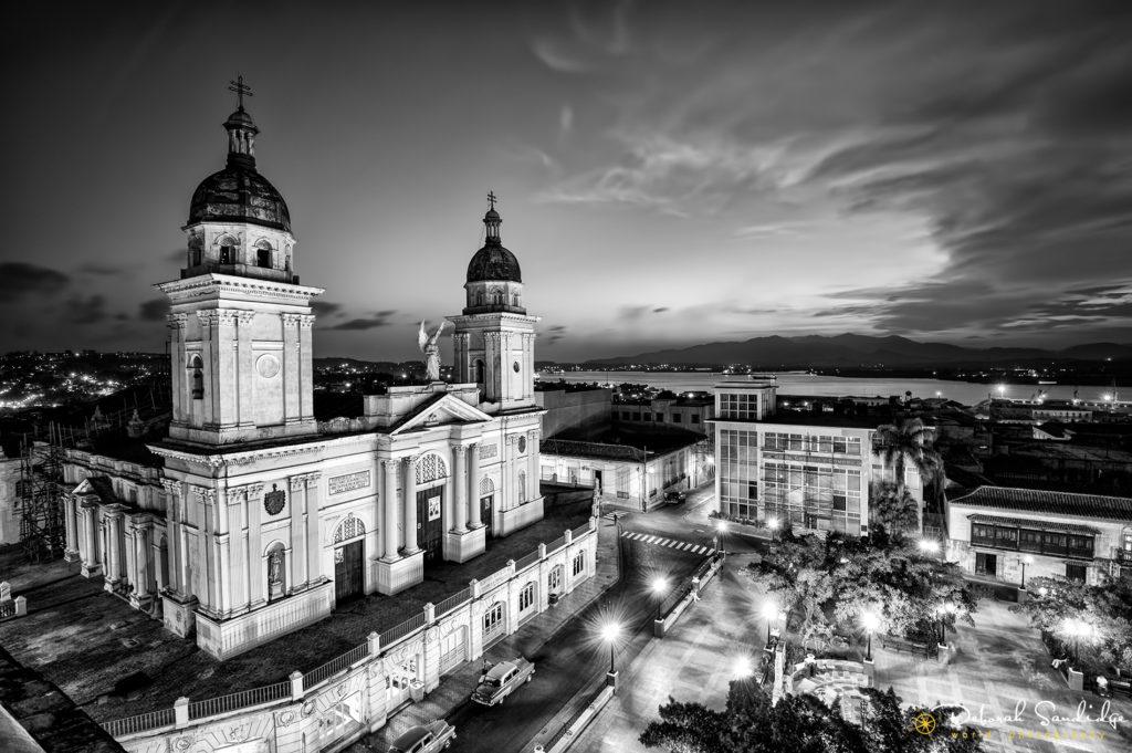 Santiago iglesia bw
